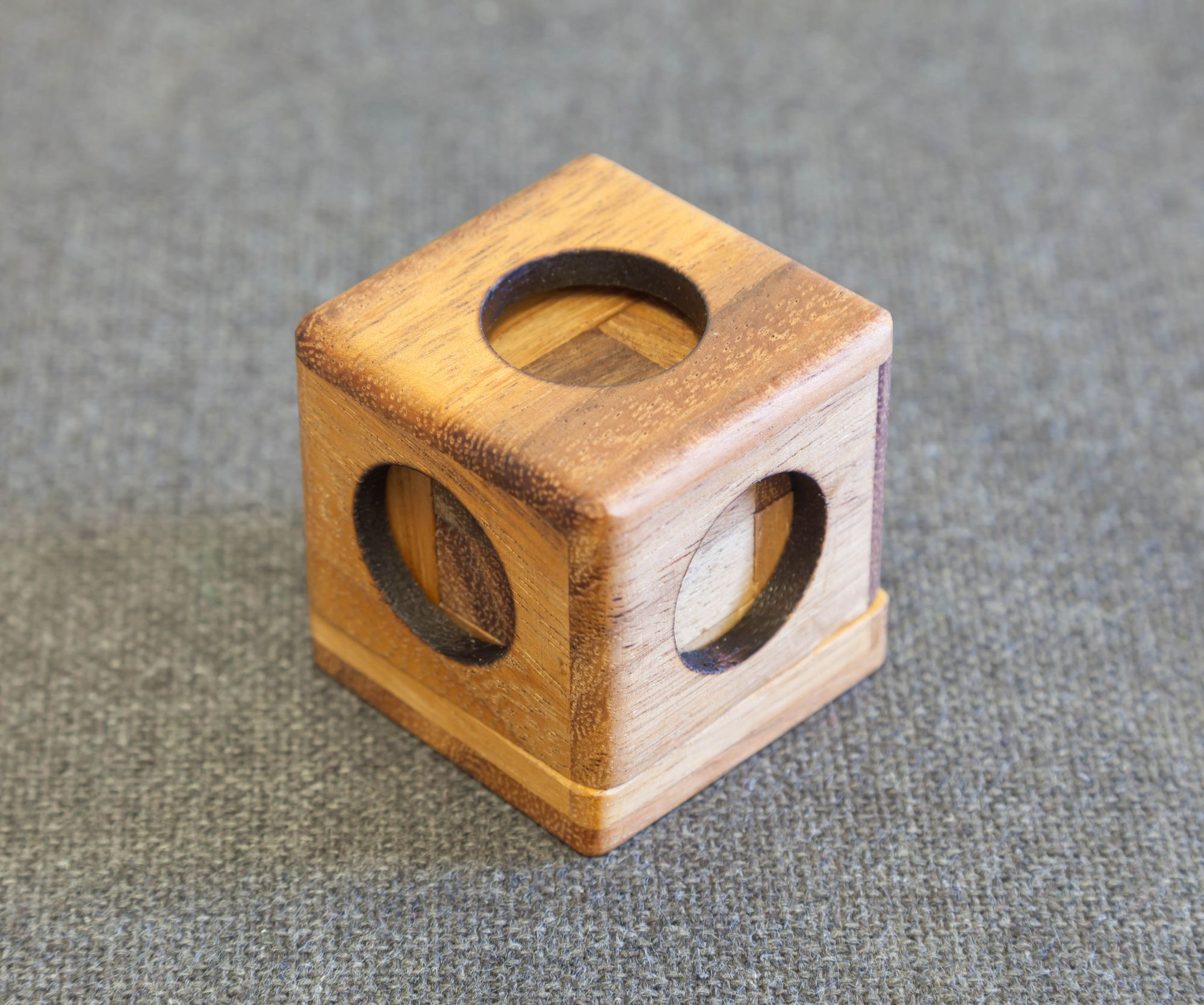 Solving the Soma cube in 3D